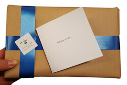 gift wrapping example image