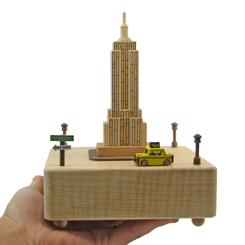 New York Moving Wooden Musical Box